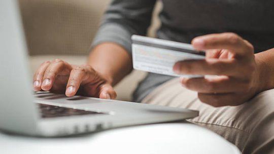 Het aanvragen van een zakelijke creditcard