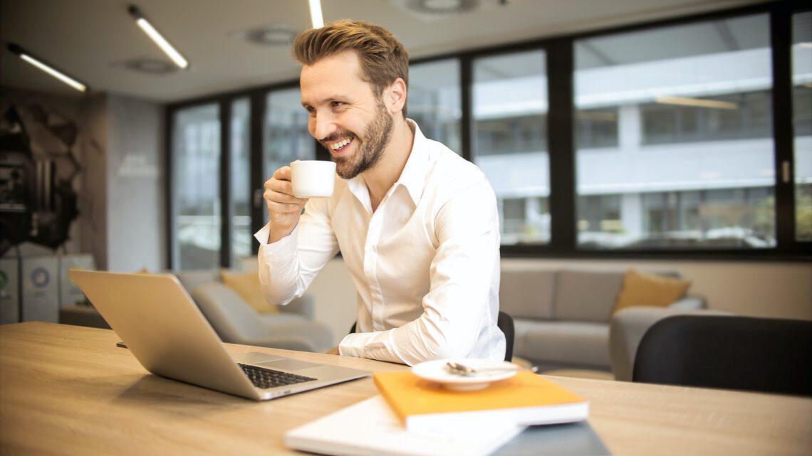 Waarom je koffie moet drinken op je werk!