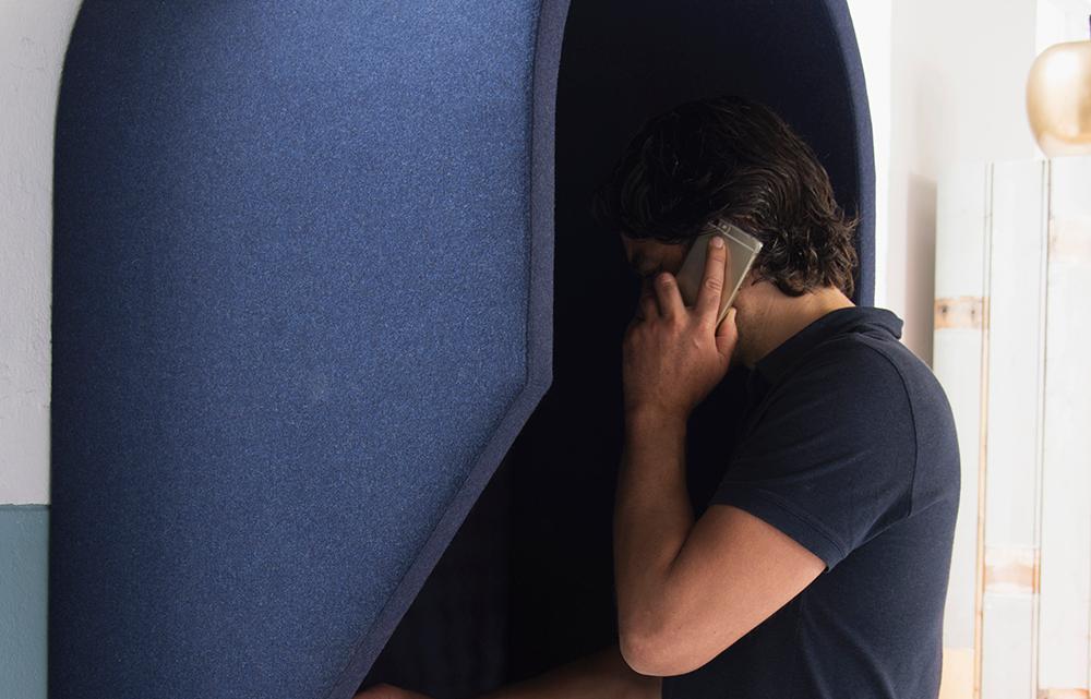 Een telefooncel voor op het kantoor